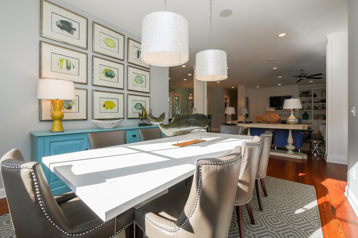 Dining room | The Sandy Pelican