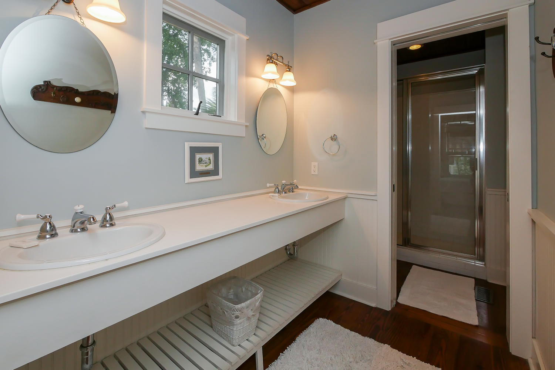 Bath for king BR - 1st floor | Vacationin