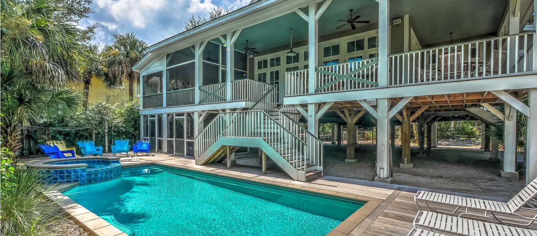 Pool area | Vacationin