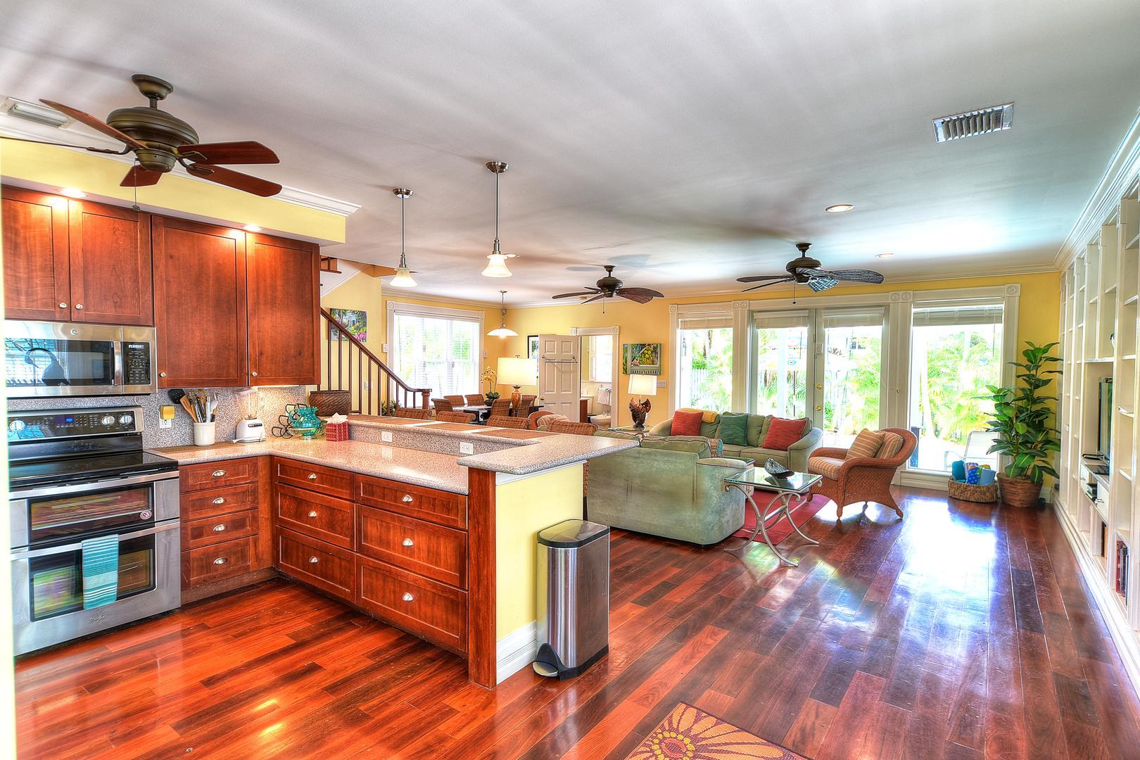 Luxury Tropical Villa -