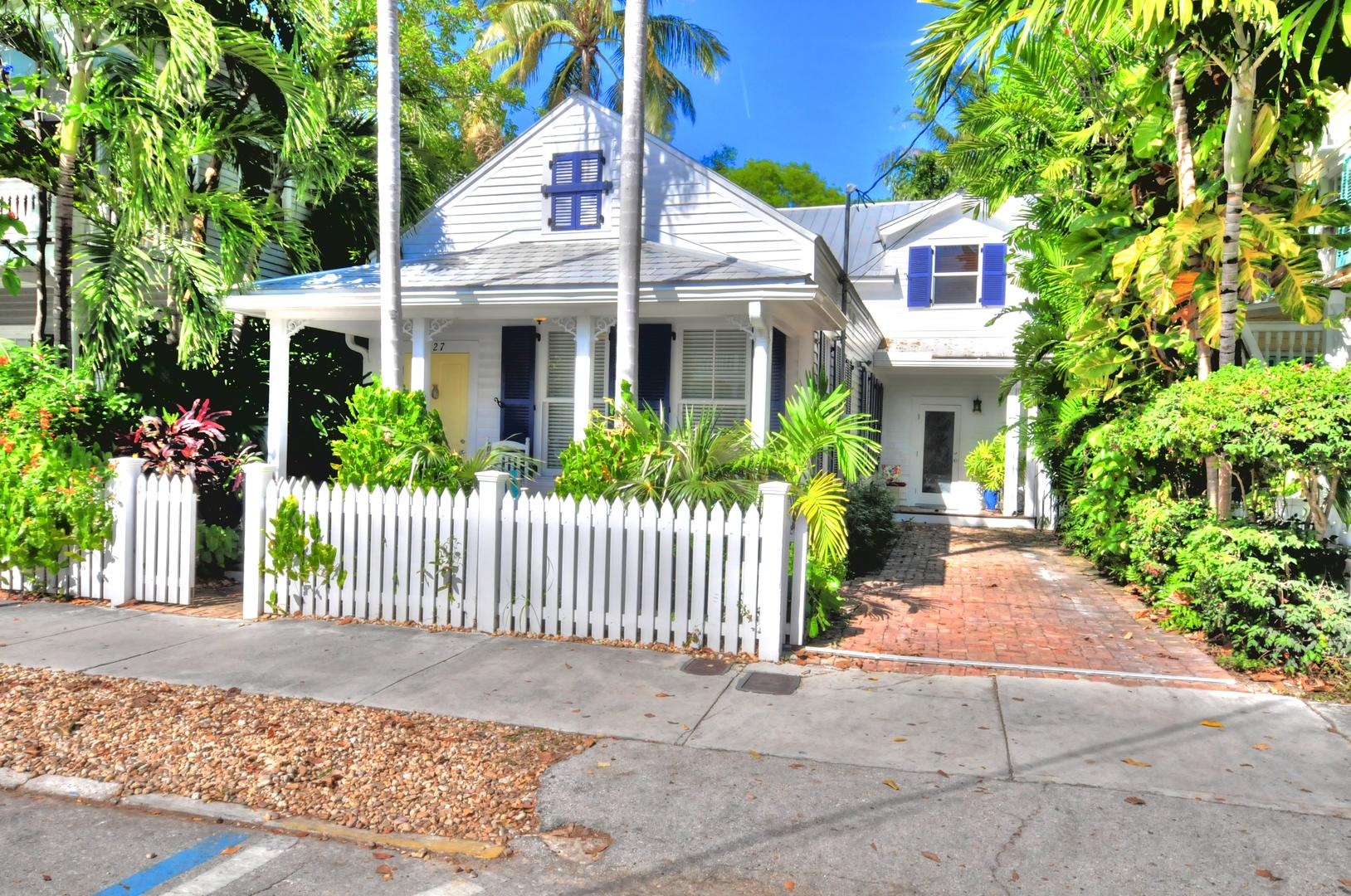 The William Street Manor-