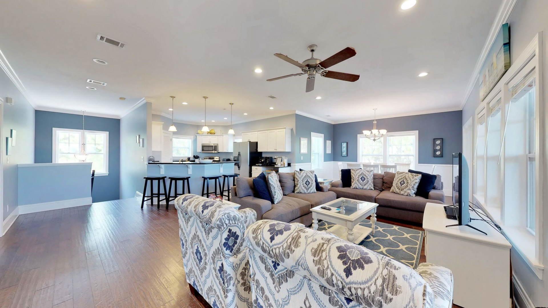 Level 2 Living Area