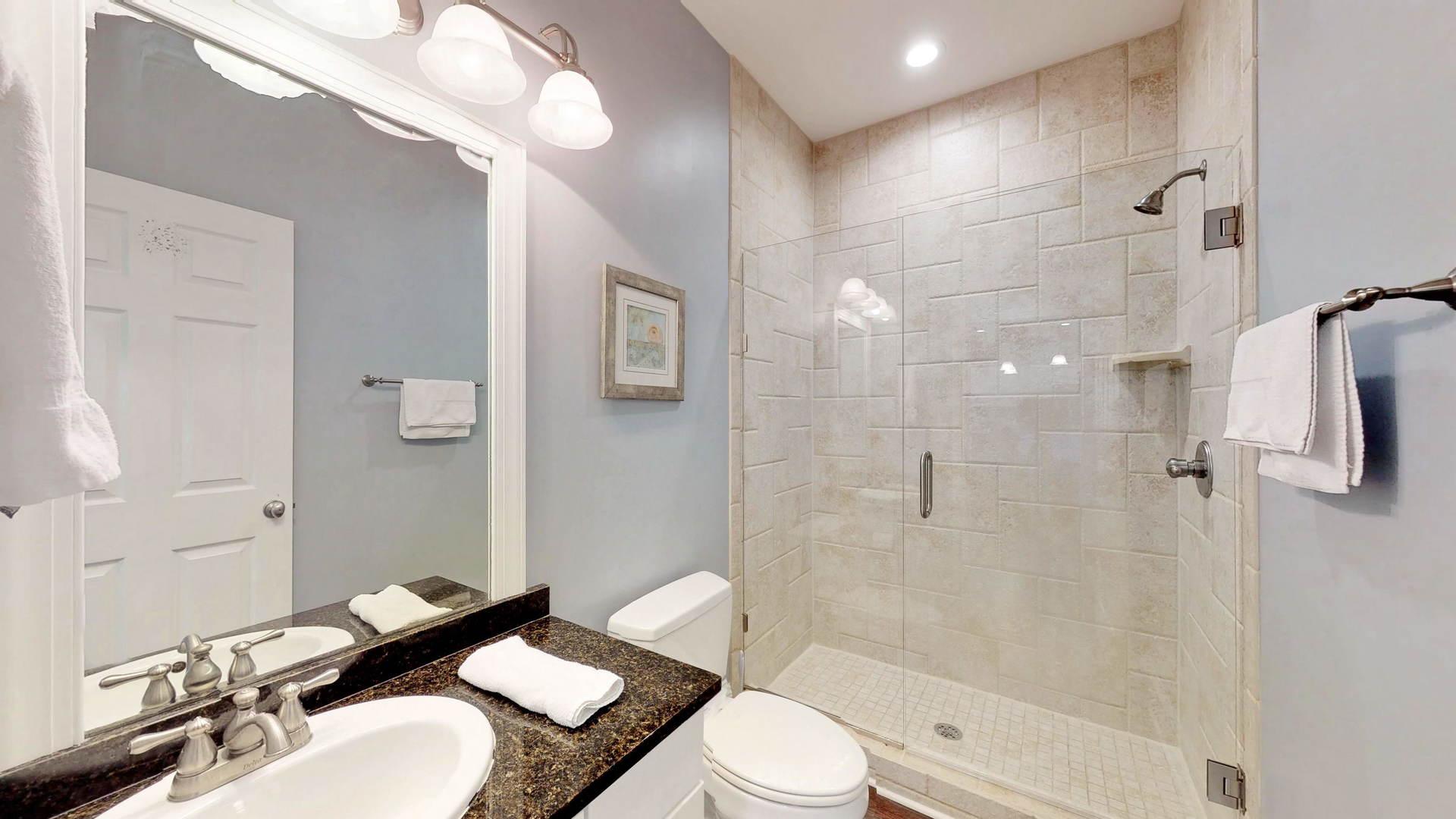 Level 2 Shared Bath