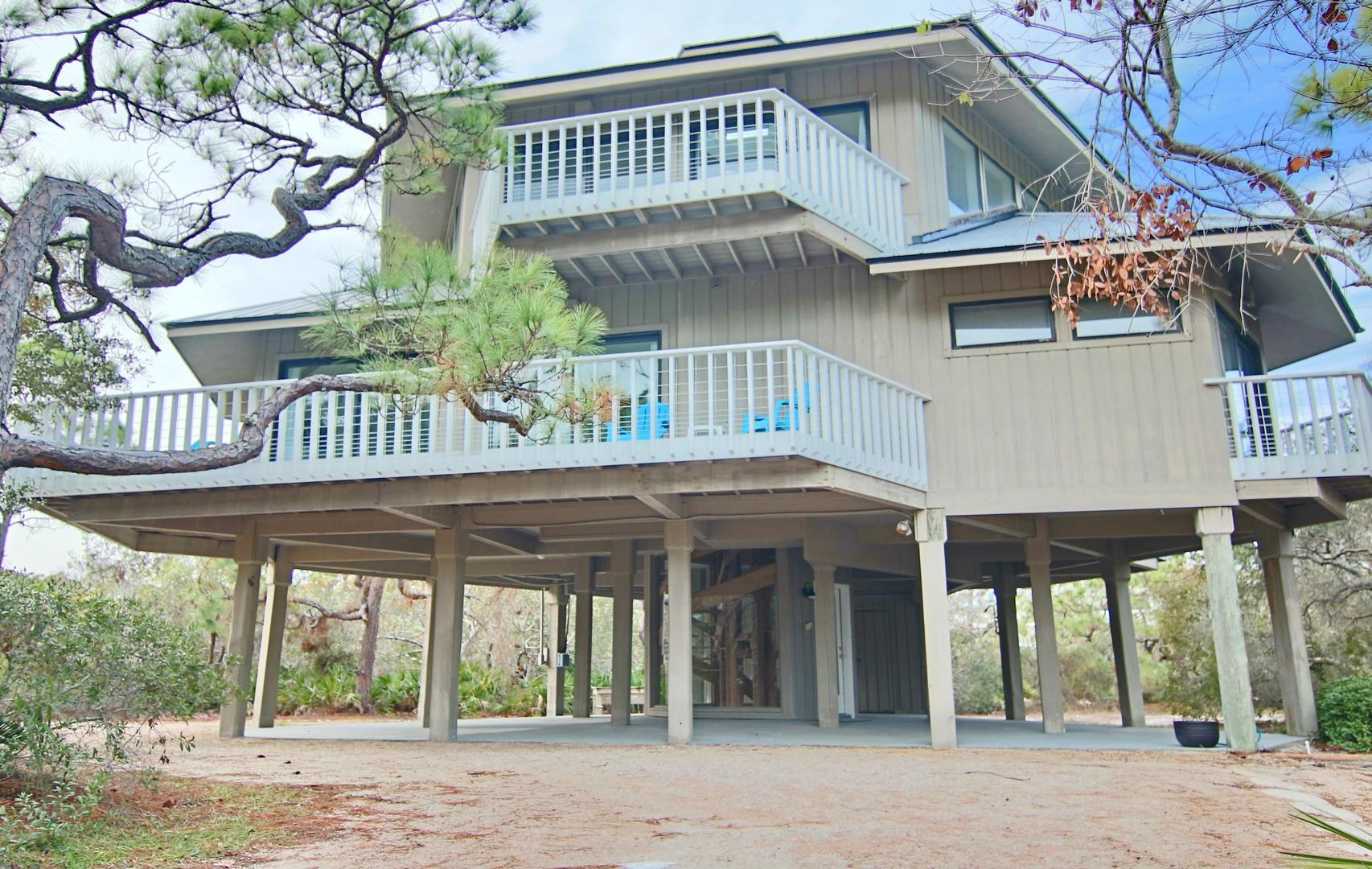 Come make memories at this unique home!