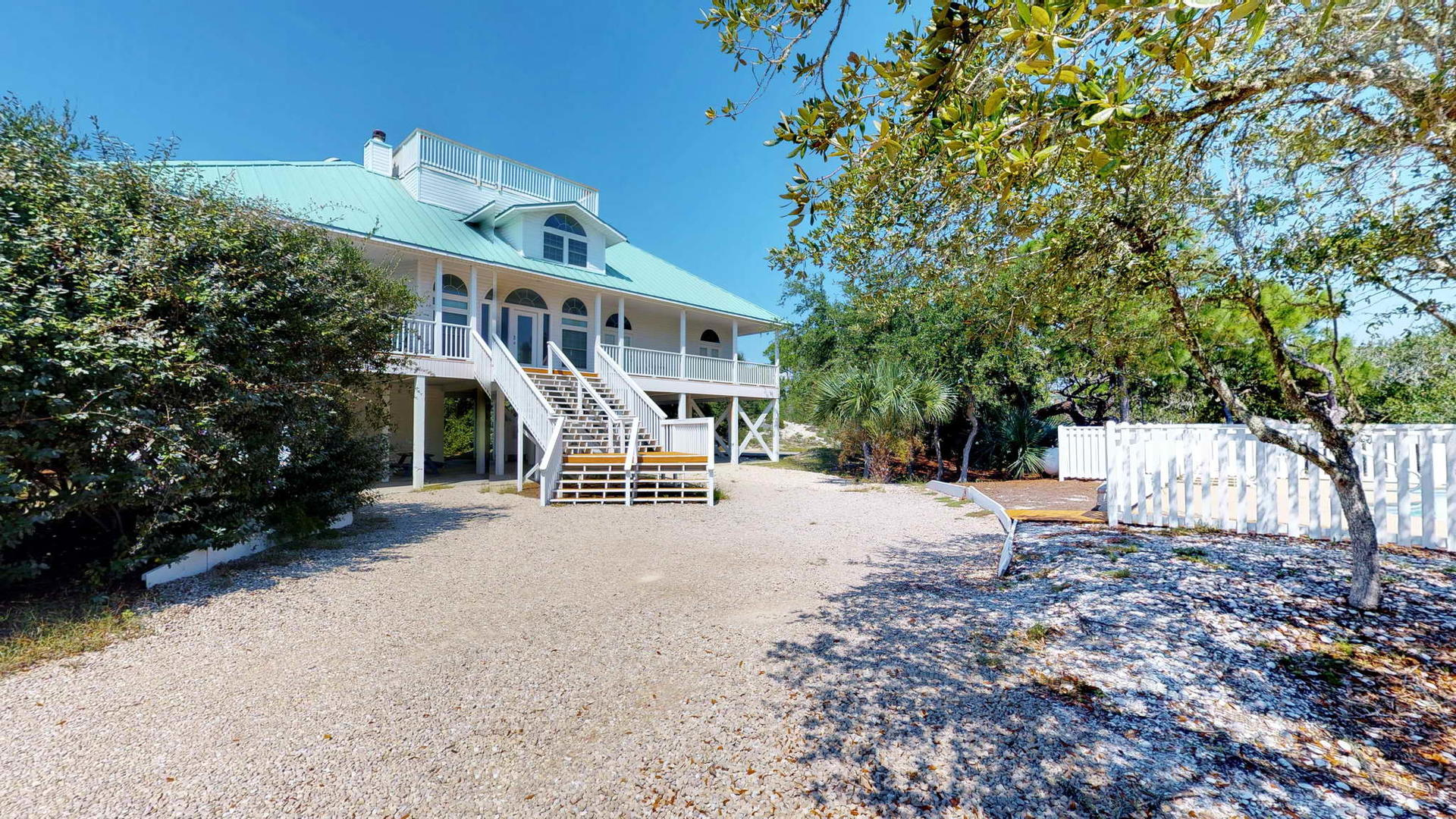 Exterior View of BeachThyme