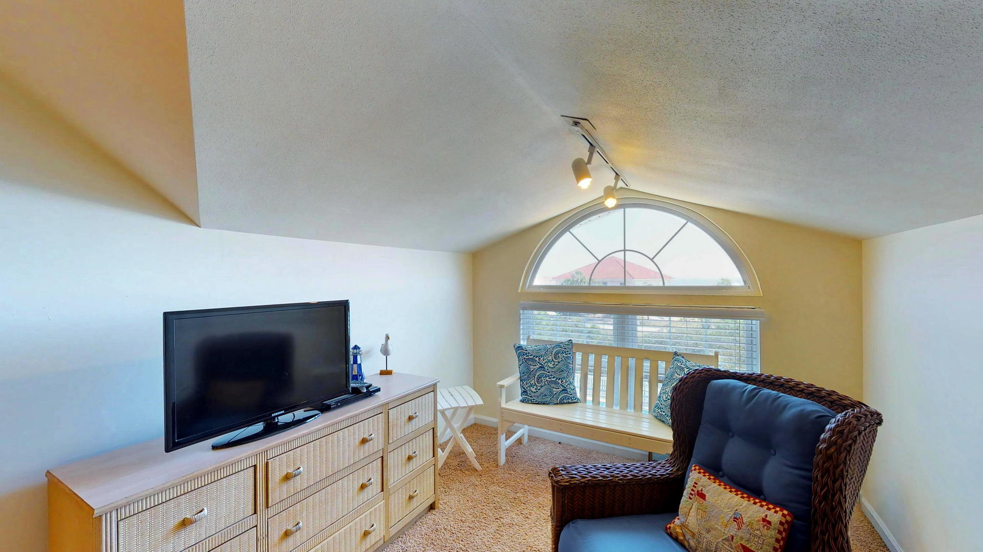 Level 2 Master Queen Suite with Sitting Area