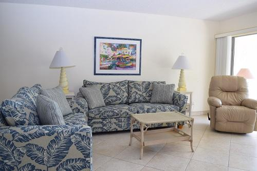 Sanibel Siesta on the Beach unit 202-202G