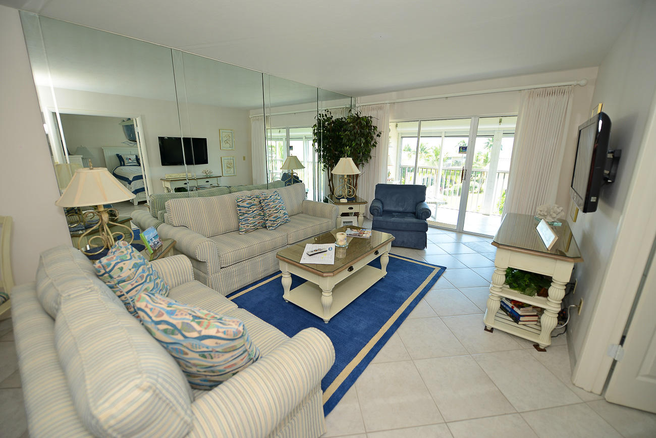 Sanibel Siesta on the Beach unit 211-211V