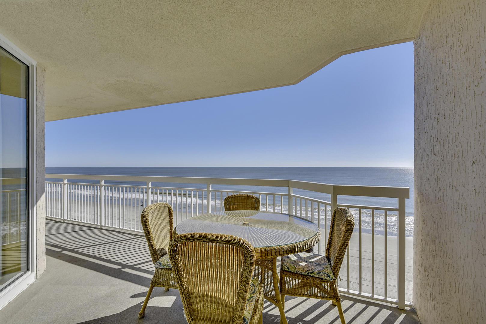 Crescent Shores 604 | Photo