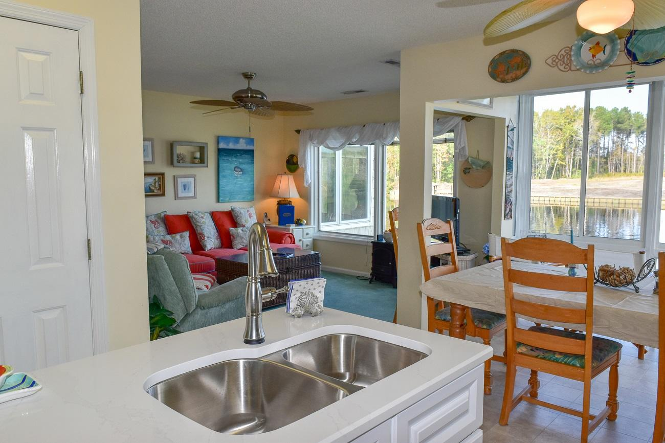 Waterway Landing 214C | Photo