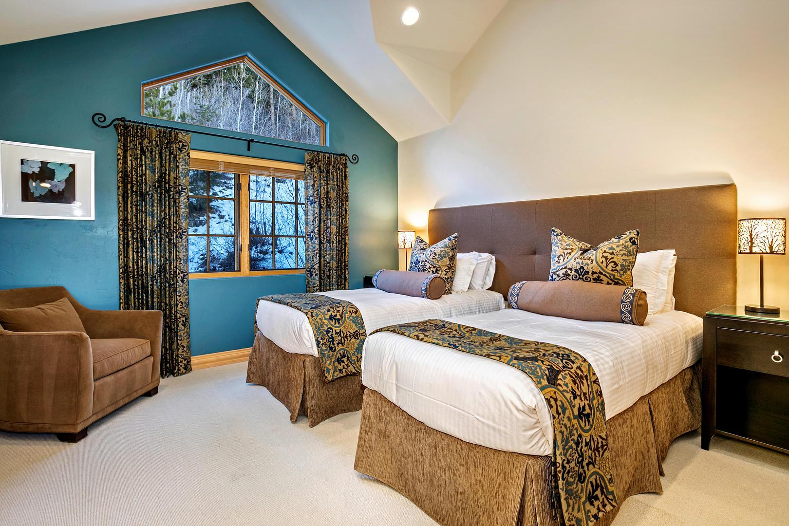 Split King Bedroom