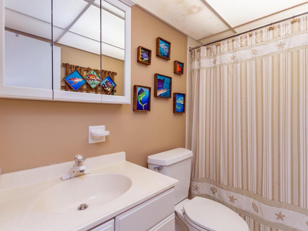 Mooring, 102 - Master Bathroom