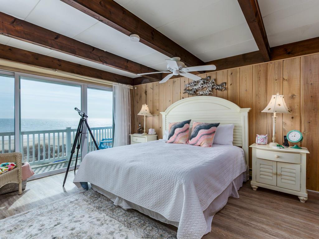 Beach Village, 6 - Master Bedroom