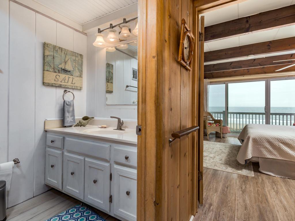 Beach Village, 6 - Master Bathroom