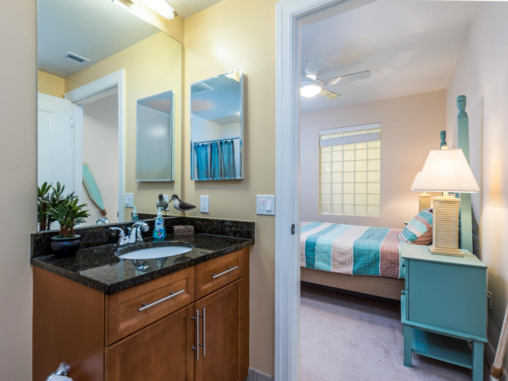 Gateway Grand, 502 - Second Bathroom
