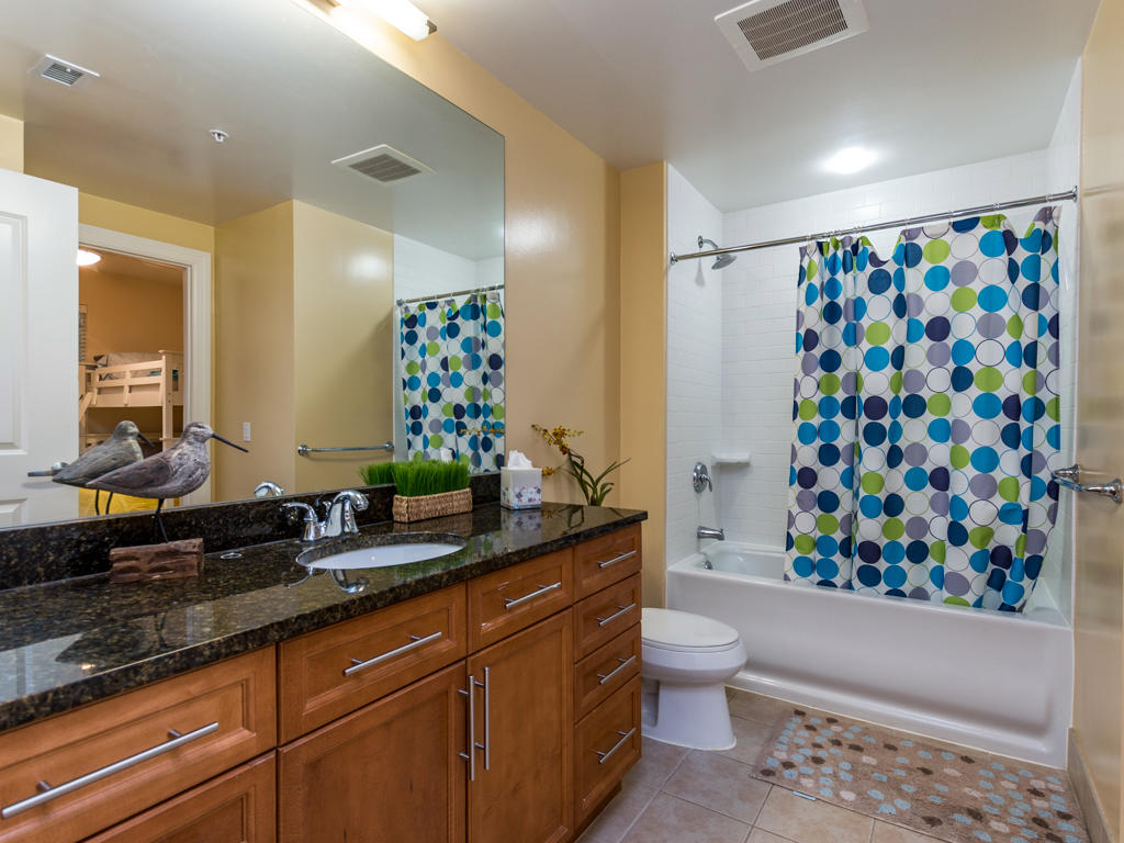 Gateway Grand, 502 - Third Bathroom