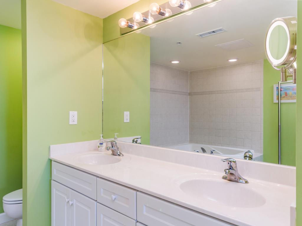 Avalon, 603 - Master Bathroom