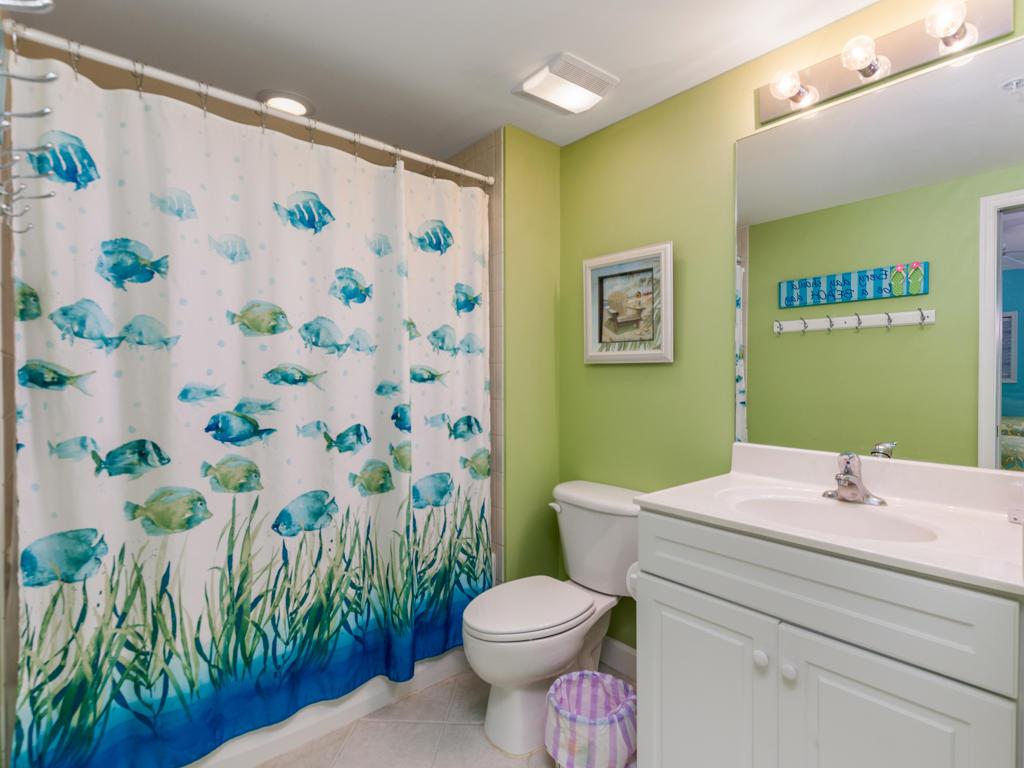 Avalon, 603 - Second Bathroom