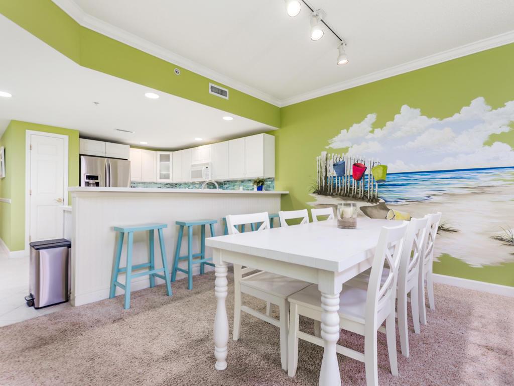 Avalon, 603 - Dining Area