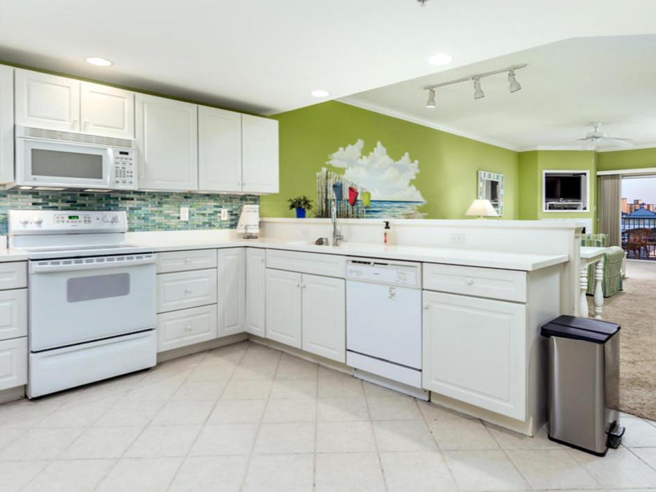 Avalon 603 - Kitchen