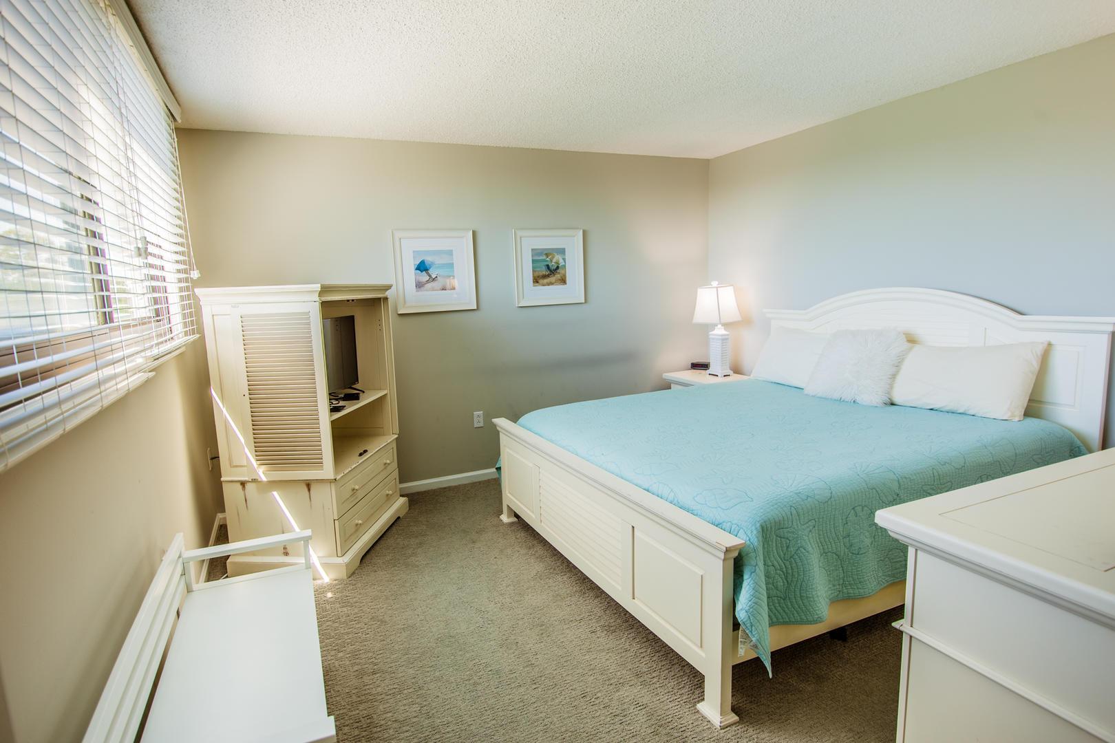 Sea Mark Tower 406 Bedroom 2