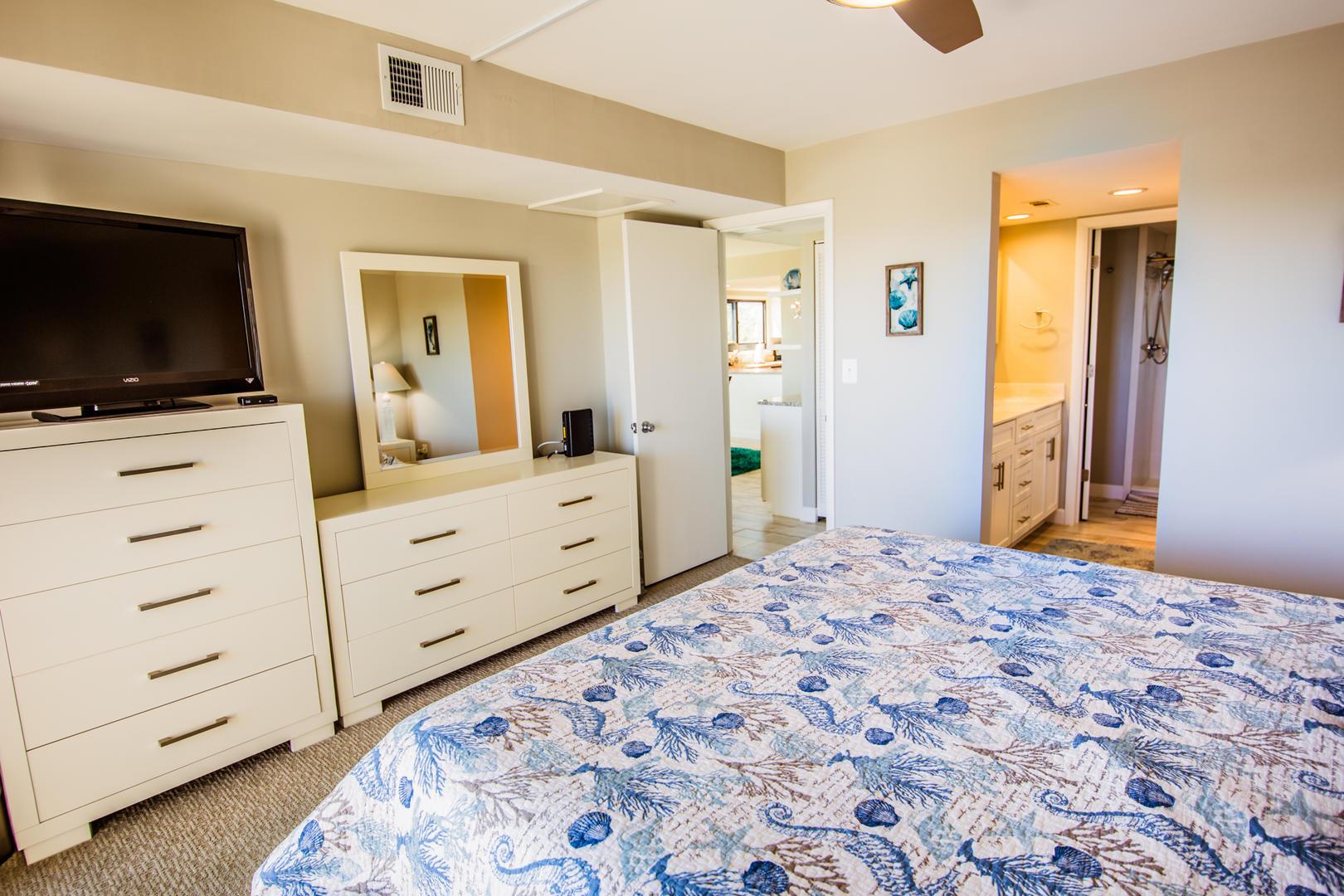 Sea Mark Tower 406 - Master Bedroom
