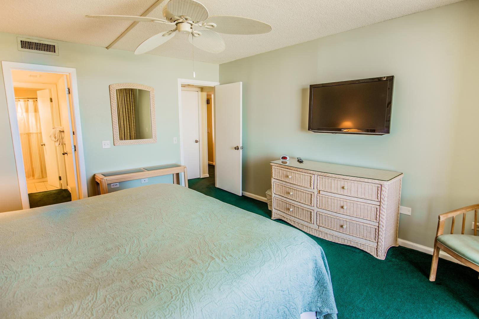 Ocean Creek HH6 - Master Bedroom