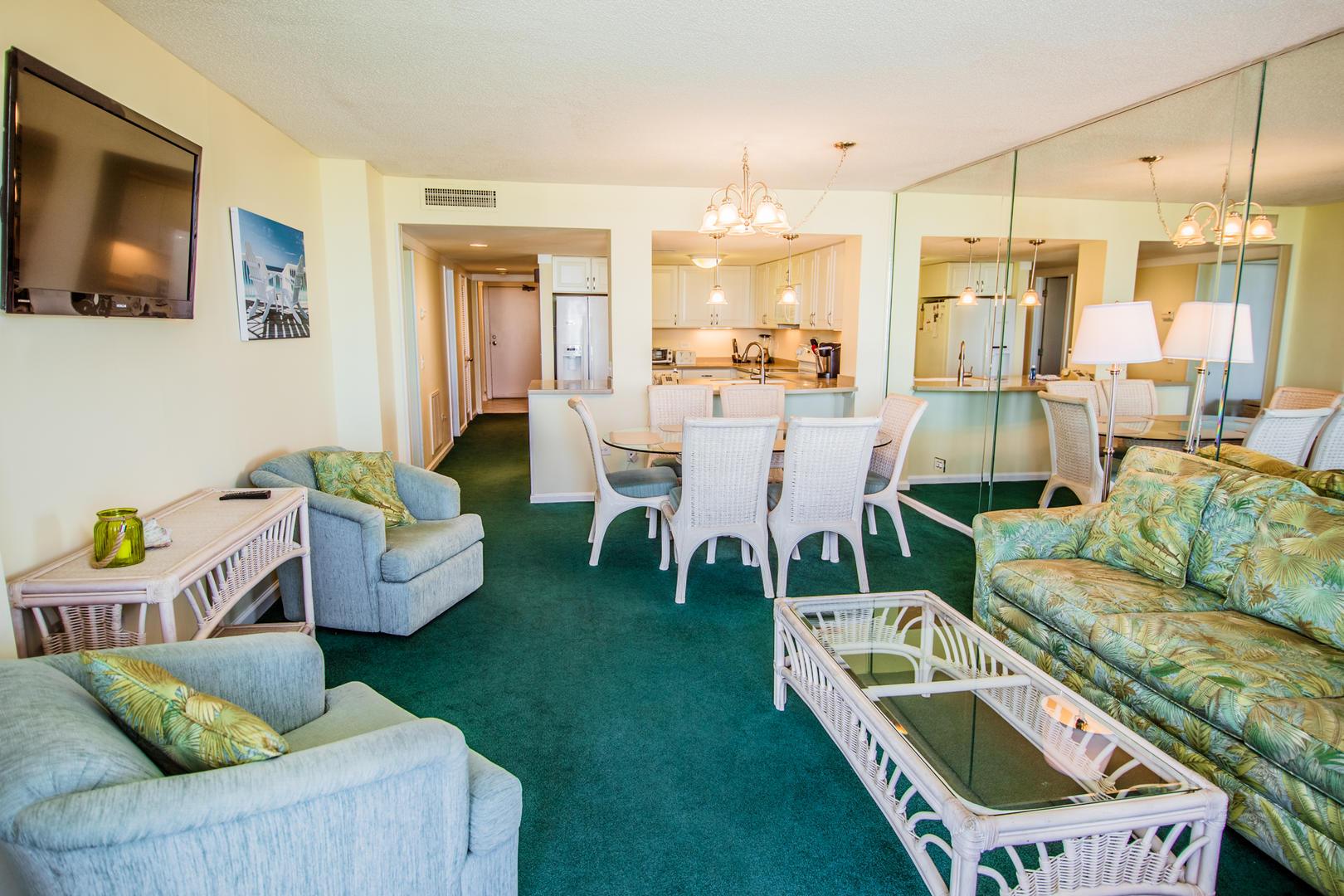 Ocean Creek HH6 - Living Room