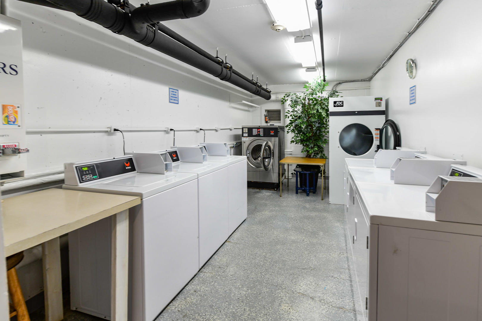 9400 Building Coin-Op Laundry Area
