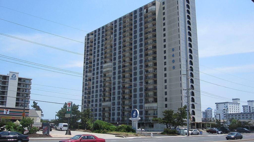 9400 Building Exterior