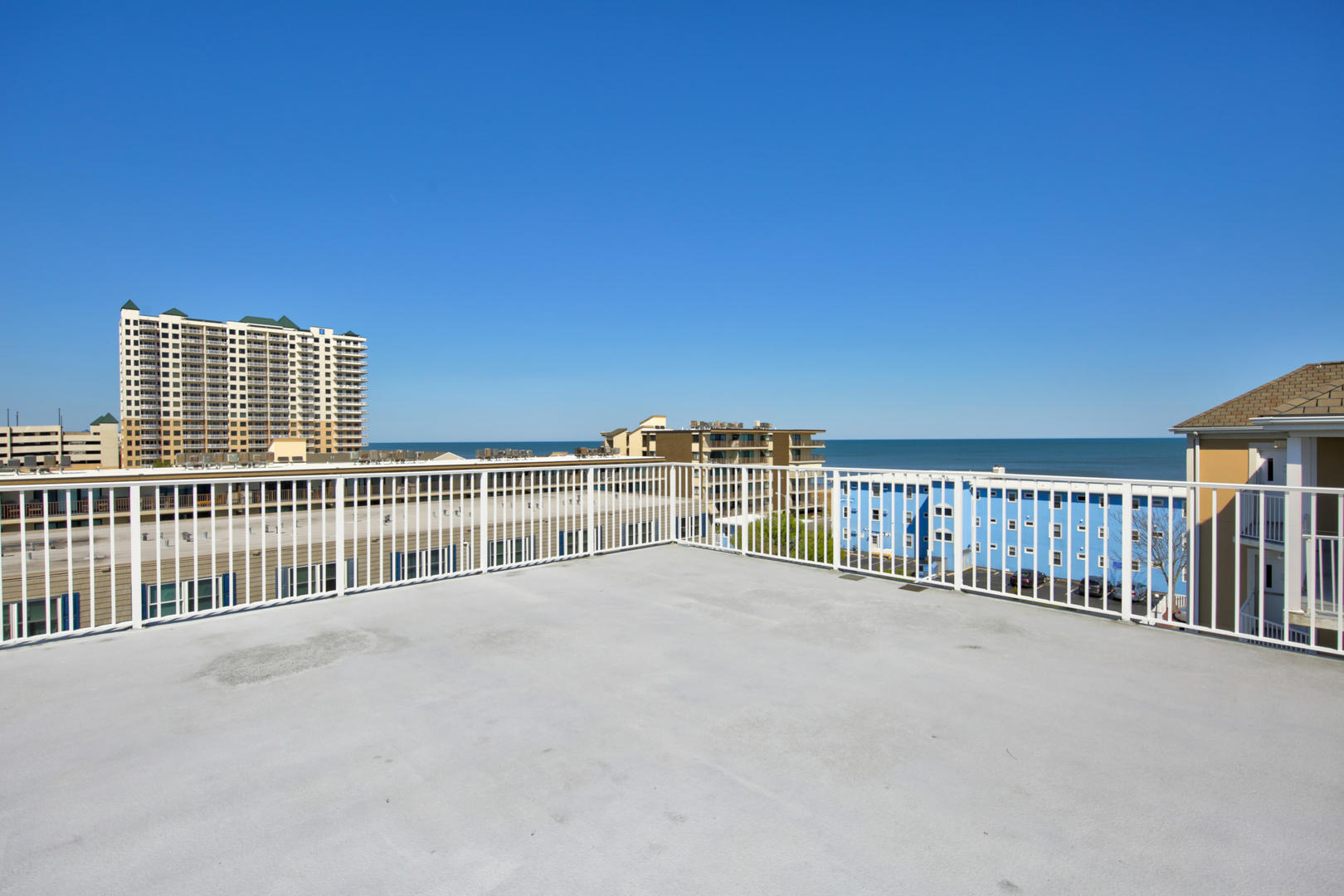 Sea Palms 403 - Rooftop Deck with Ocean View