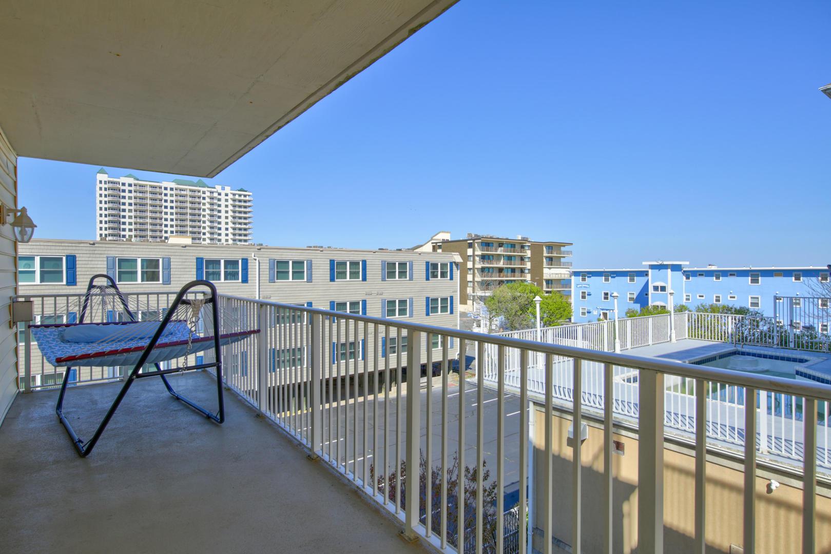 Sea Palms 403 - Balcony