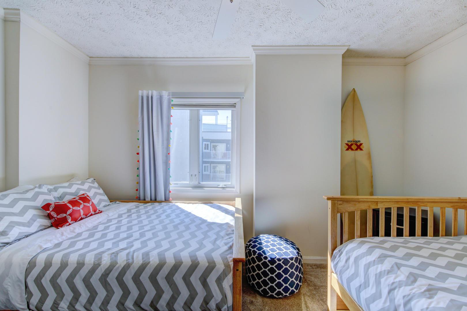 Sea Palms 403 - Bedroom 2