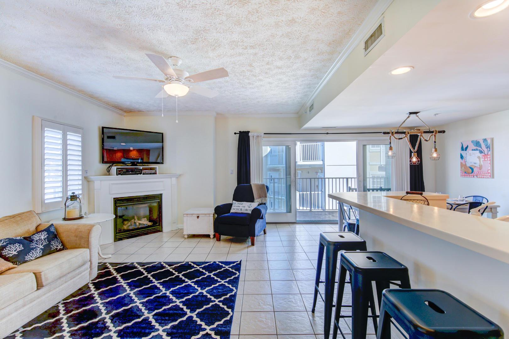 Sea Palms 403 - Living Room