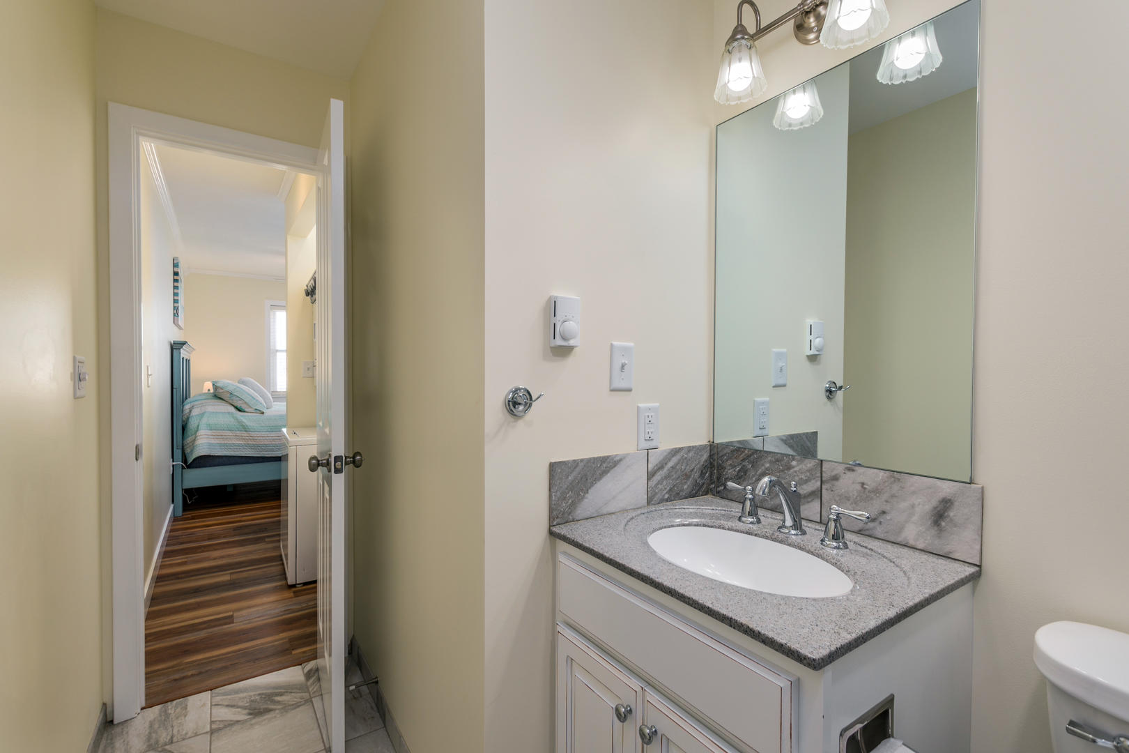 Six West Condominium, Unit 6 - Master Bathroom