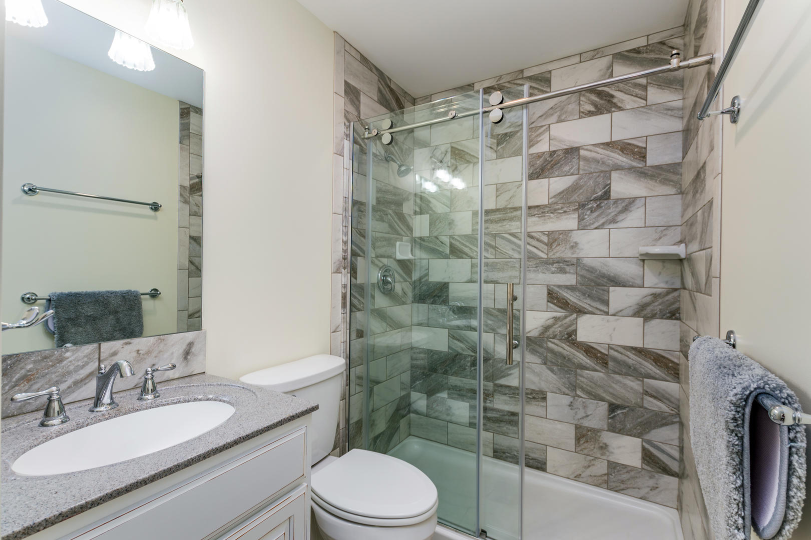 Six West Condominium, Unit 6 - Second Bathroom