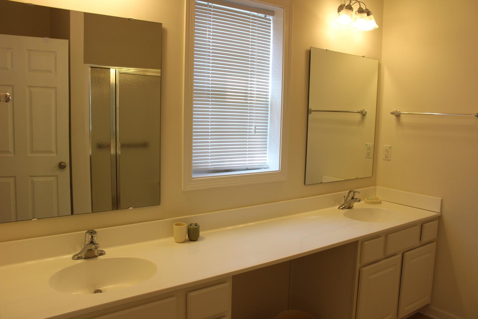 Swann Keys - Master Bathroom