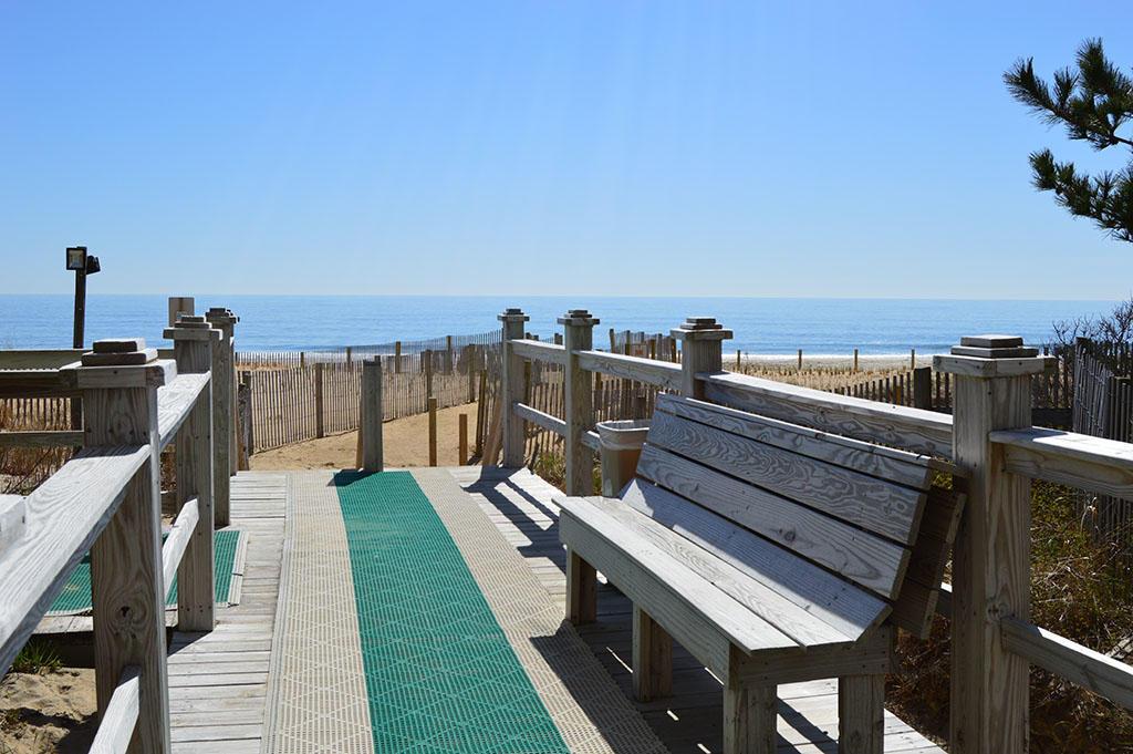 Century I - Beach Access