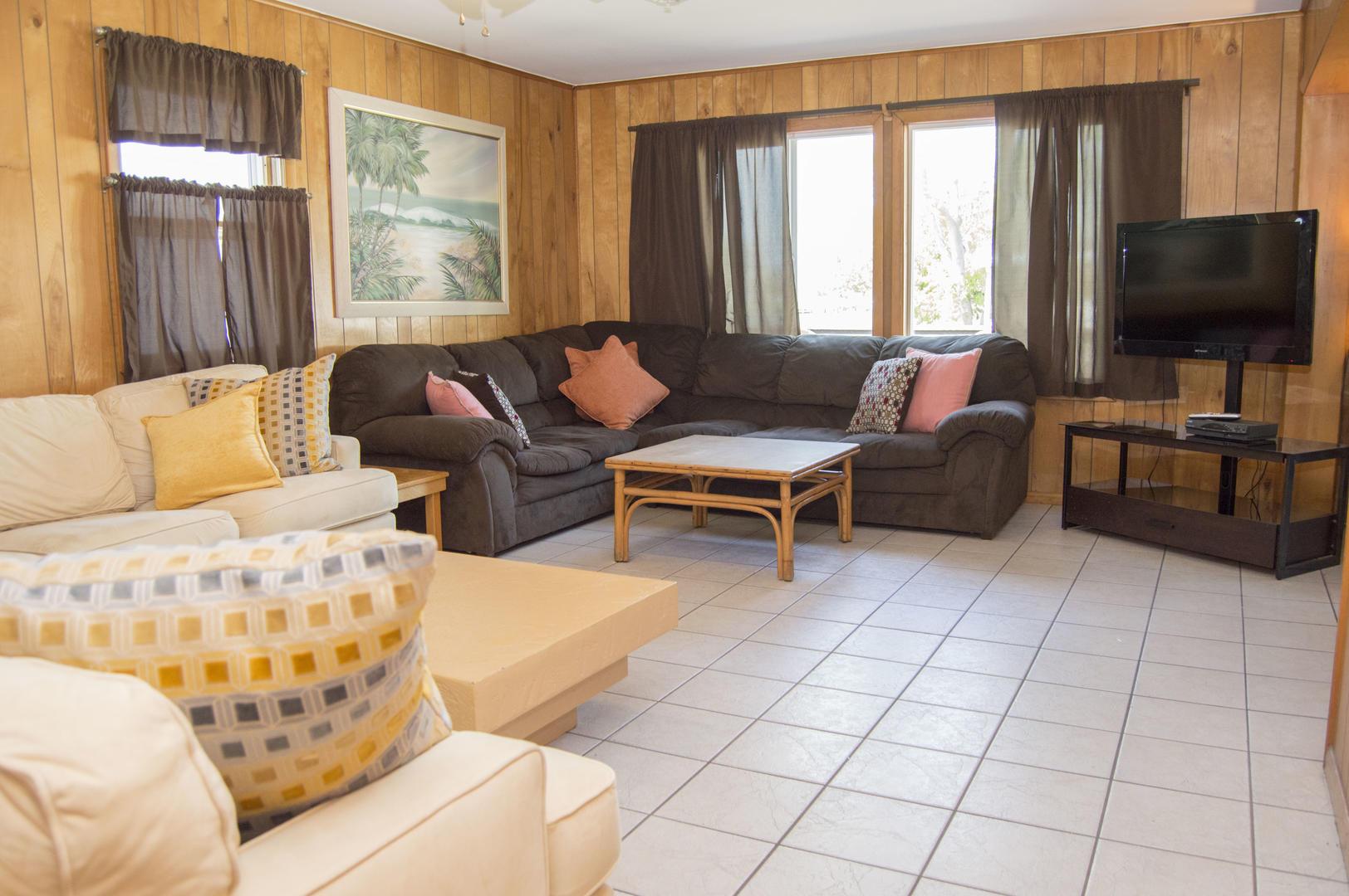 Karoline's Place - Living Room