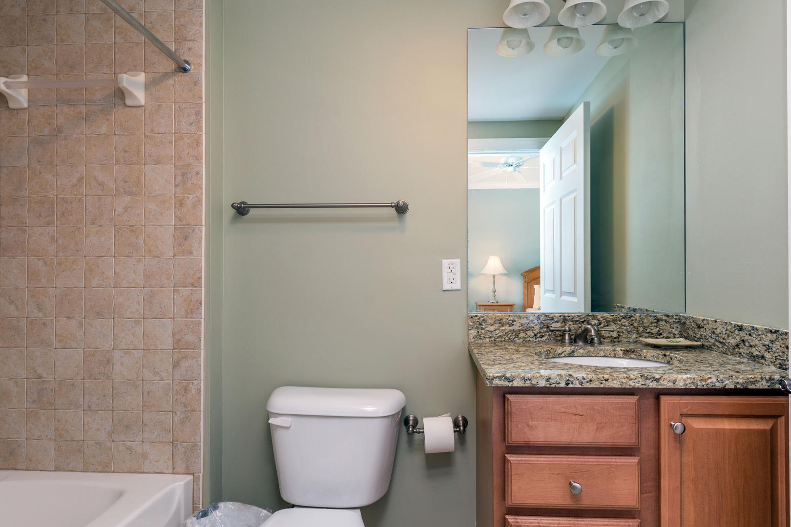Ocean Bliss, 404 - Bathroom 4