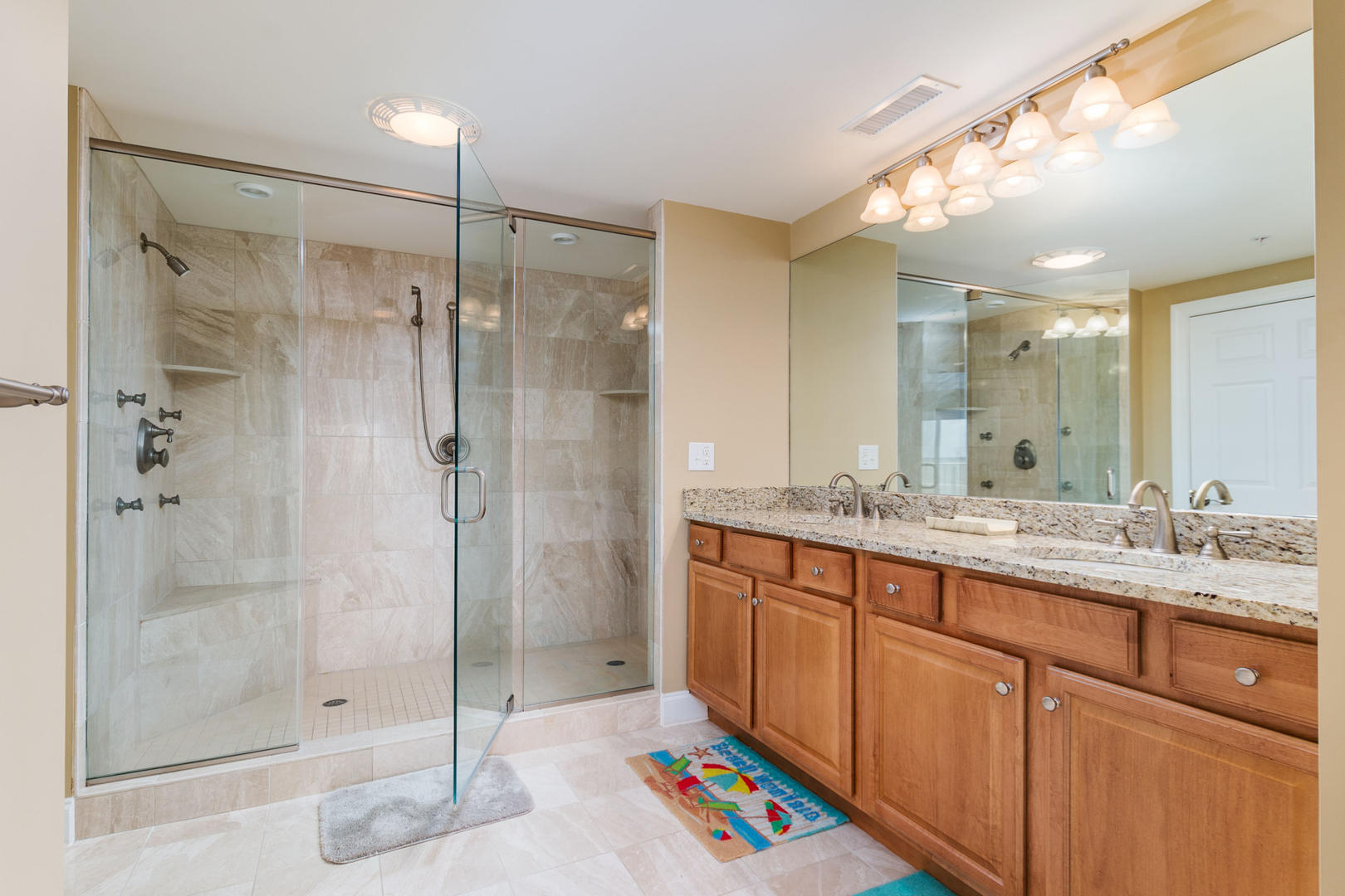 Ocean Bliss, 404 - Master Bathroom