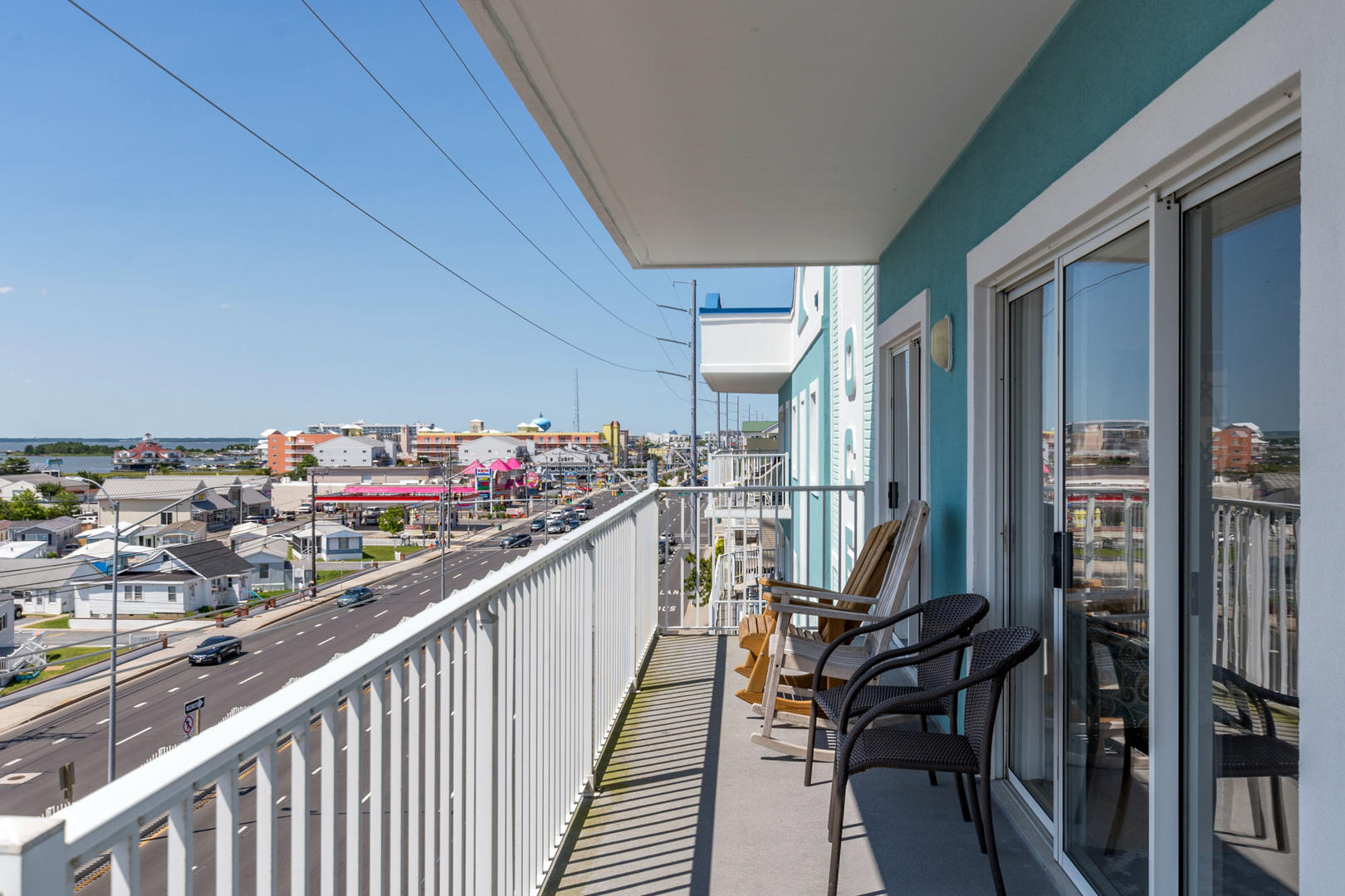 Ocean Bliss, 404 - Wrap-Around Balcony