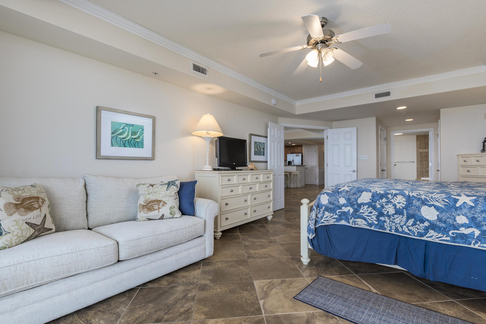 Oceans Mist 301 - Master Bedroom