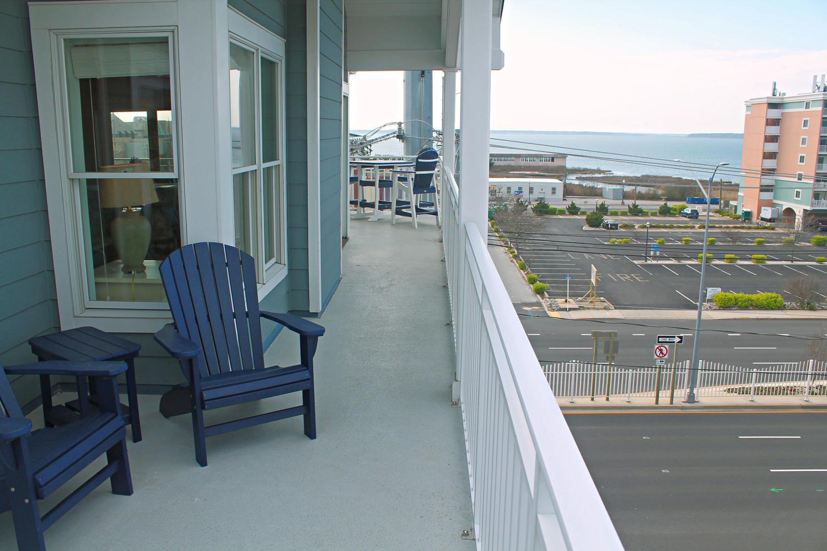 4100 Oceanside Condos 405 - Partial Bay View