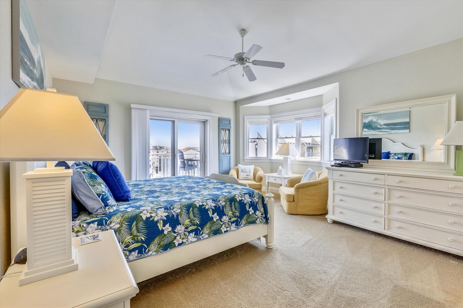 4100 Oceanside Condos 405 - Master Bedroom