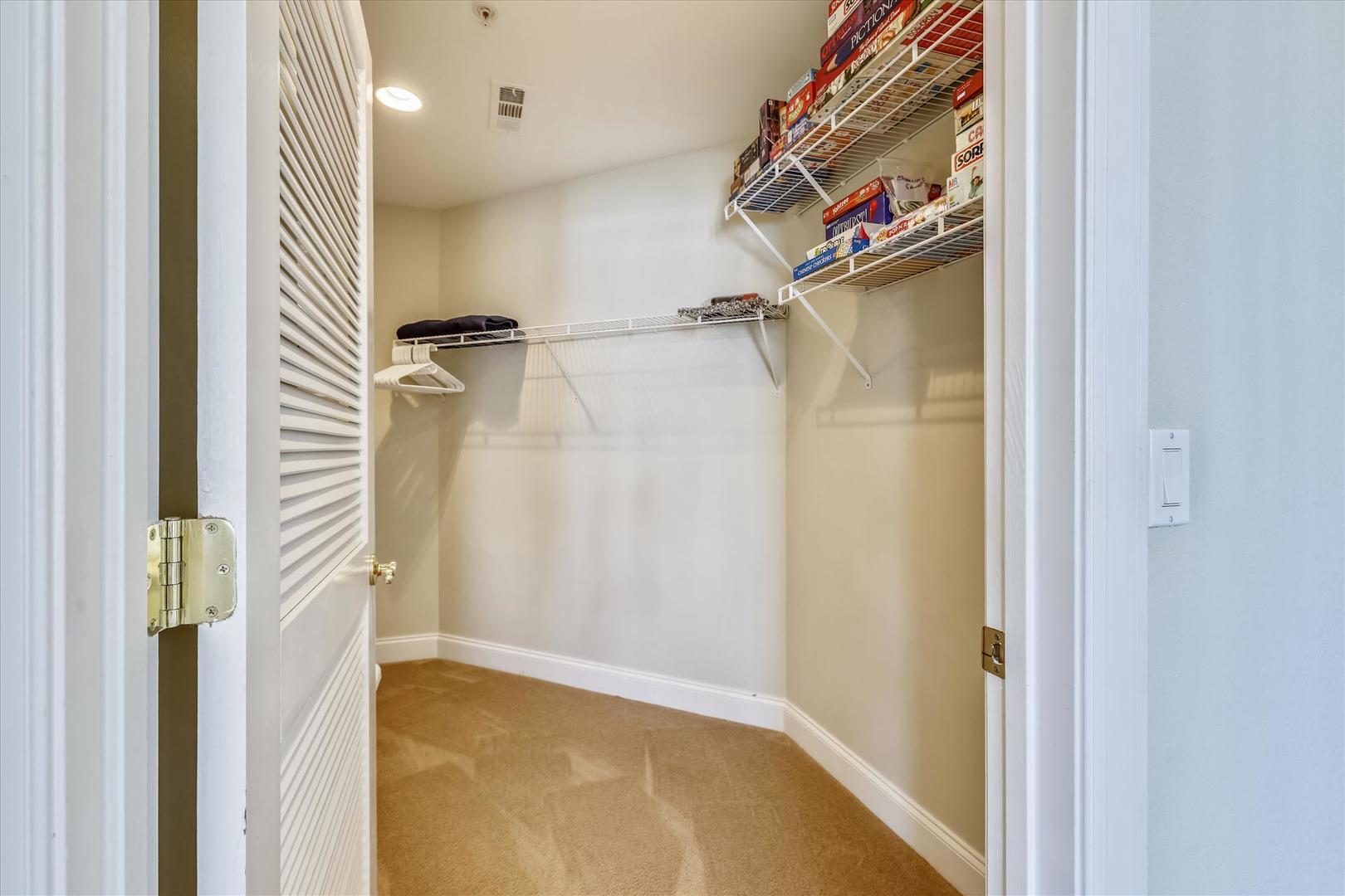 4100 Oceanside Condos 405 - Walk-In Closet