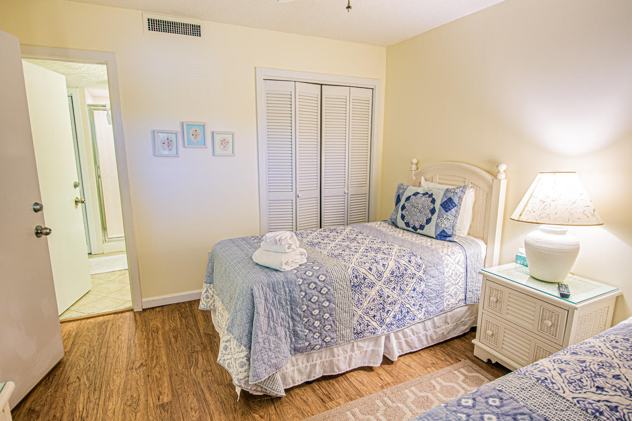 Ocean Creek JJ1 - Bedroom