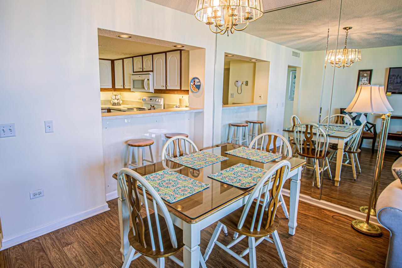 Ocean Creek Jj1 - Dining Room