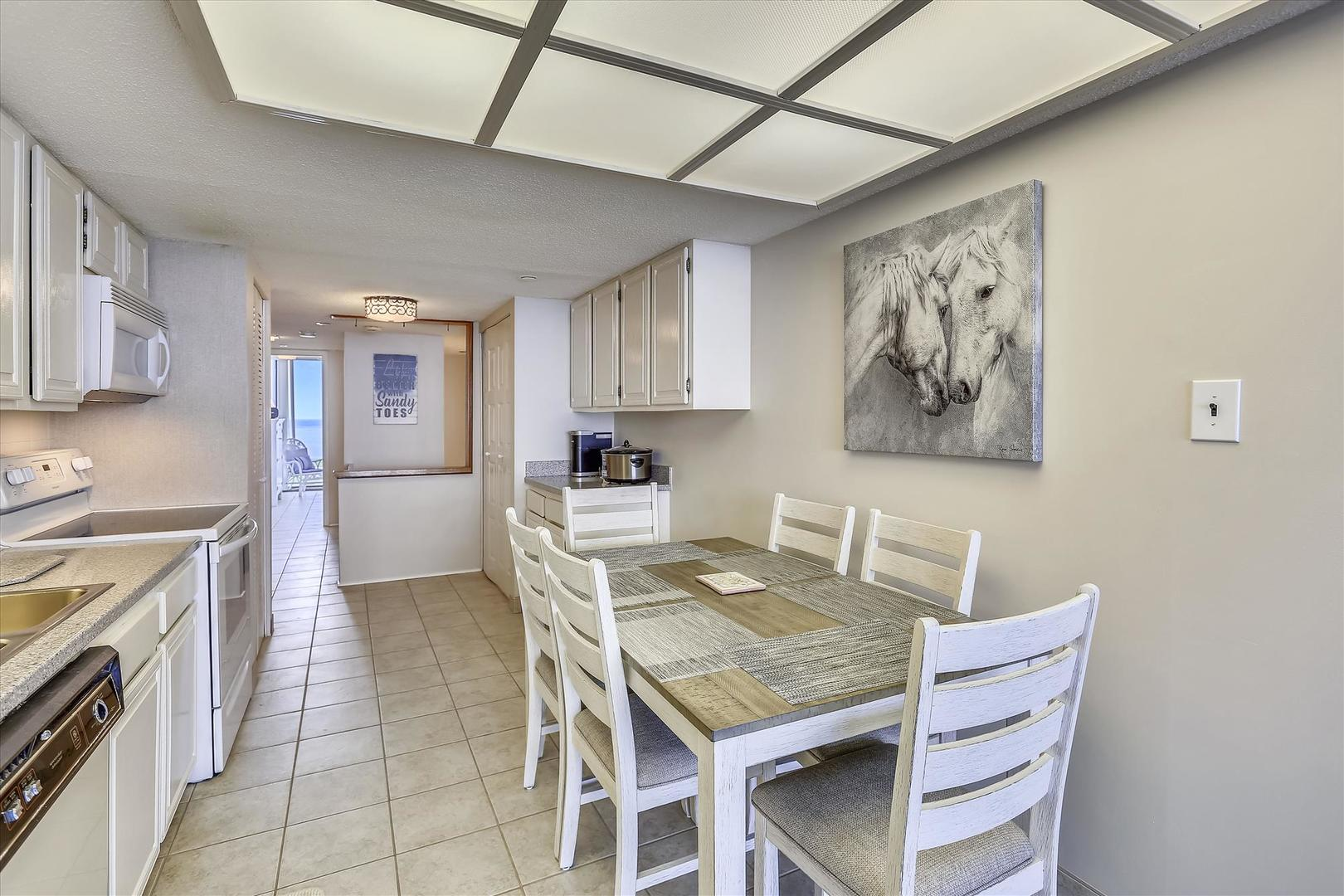 Century I 2221 - Kitchen and Dining Area