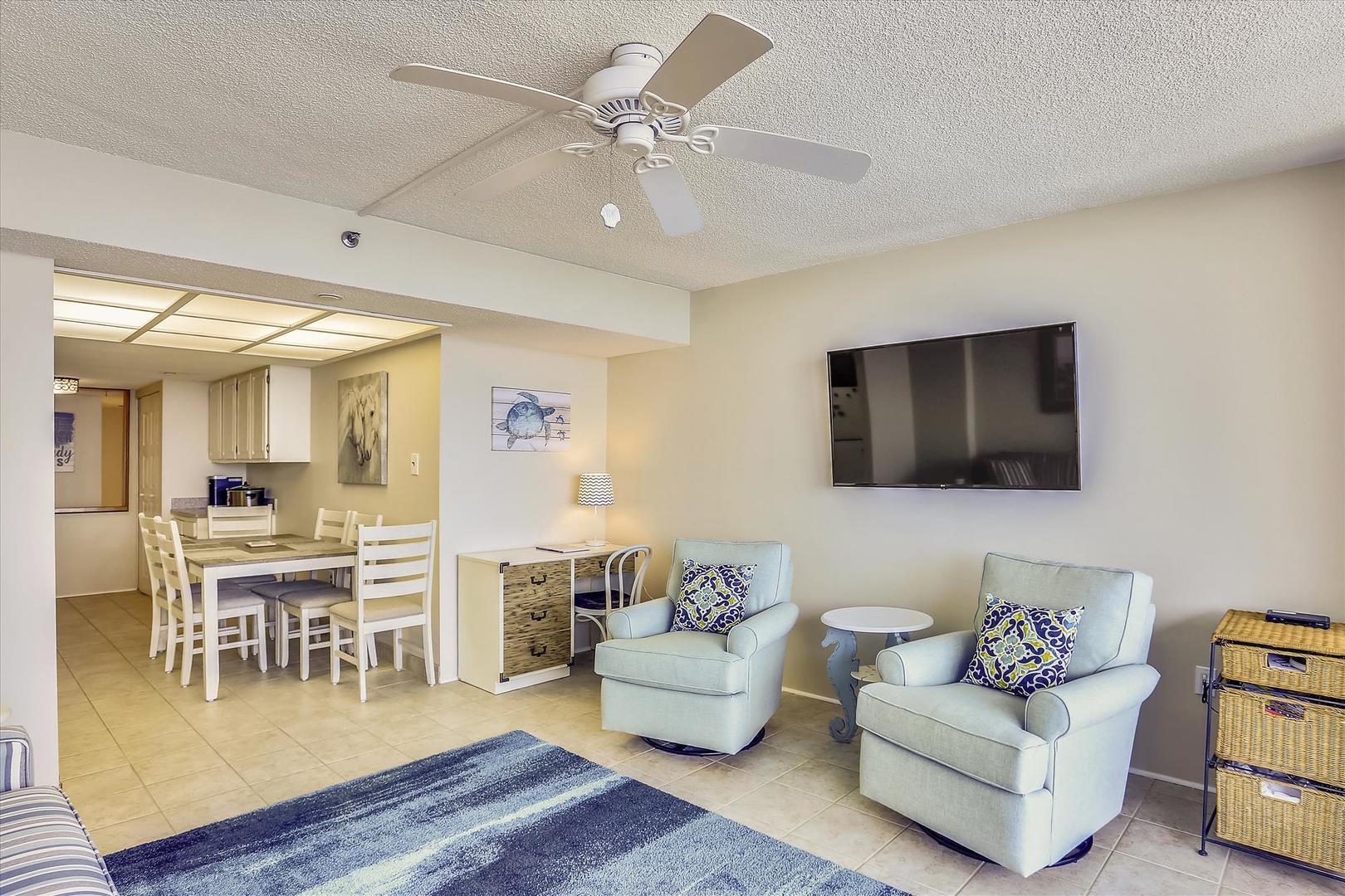 Century I 2221 - Living Room